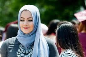 Hijab-wearing Muslim student voted best-dressed at US school