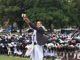 Record-breaking 60,000 Muslims pray in Birmingham