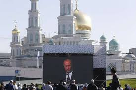Putin opened one of the biggest mosques in Europe